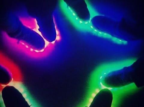 Are U readyyyyy!!! #ferrara #fellonistudio #wizeandope #led #light #ledshoes #original